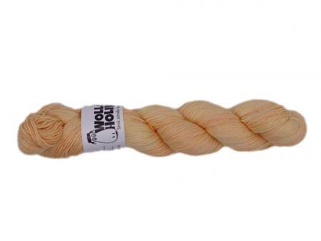 Smutje *Weizenfeld*. Wolle kaufen Bremerhaven, handgefärbte Wolle