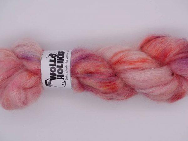 Plüüster *Plüschapfel*. Wolle kaufen Bremerhaven, handgefärbte Wolle