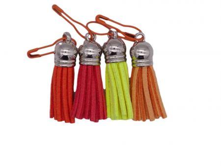 Maschenmarkierer *Quaste - Mädchenfarben*. Wolle kaufen Bremerhaven, handgefärbte Wolle