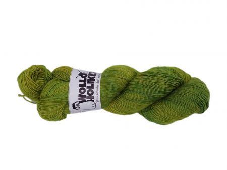 Seidenlace *Olivenhain*. Wolle kaufen Bremerhaven, handgefärbte Wolle