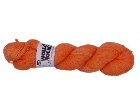 Seidenraupe *Tangerine*. Wolle kaufen Bremerhaven, handgefärbte Wolle