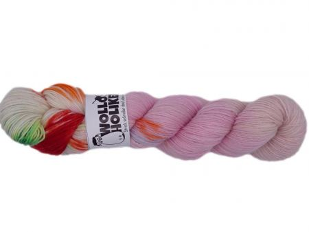 Special effects *Pink Gin Tonic*. Wolle kaufen Bremerhaven, handgefärbte Wolle