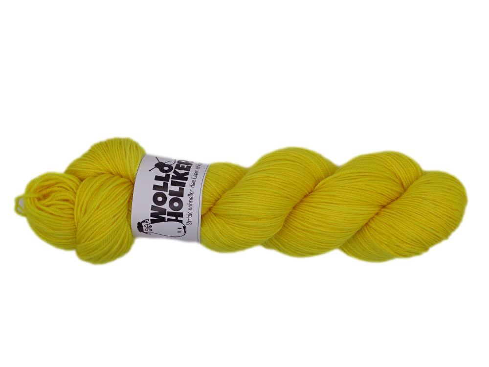 Merino High-Twist *Zitronenfalter*. Wolle kaufen Bremerhaven, handgefärbte Wolle